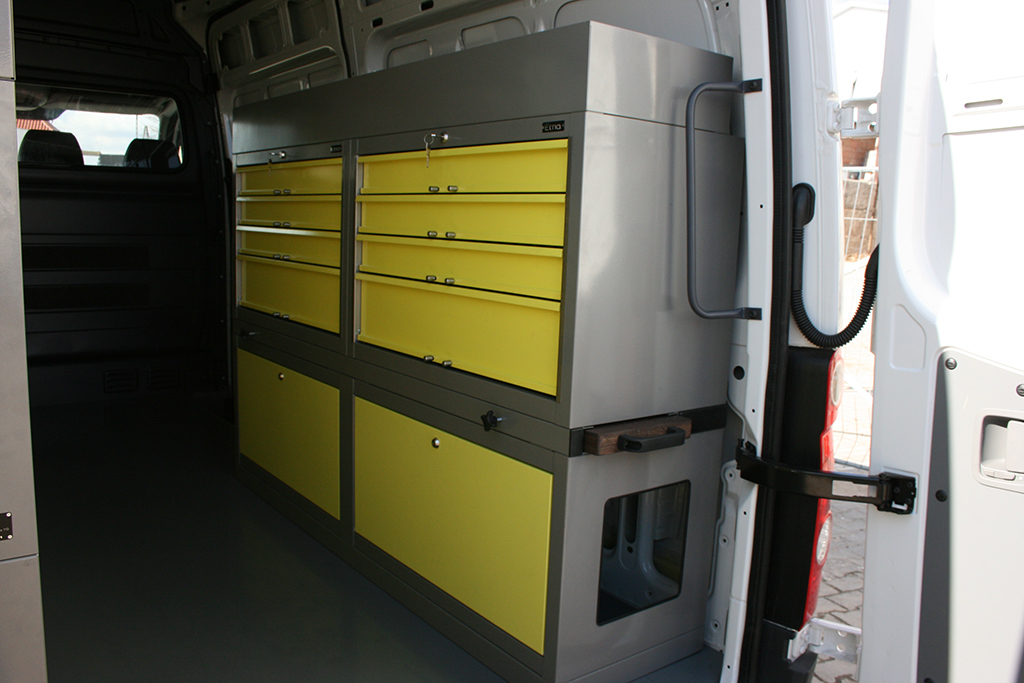 ZABUDOWA Mercedes Sprinter / Volkswagen Crafter L2H3;